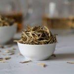 Agujas plateadas… ¡La forma más pura del té blanco!